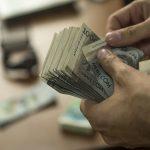 За какую работу в Кыргызстане платят больше всего — рейтинг