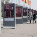 Удивительные фотографии украсили площадь Ала-Тоо. Приходите на выставку!