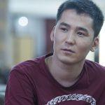 В Бишкеке избили мать певца Мирбека Атабекова и похитили около $70 тысяч