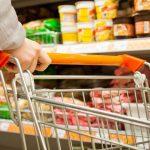 Более 100 предписаний выдано предпринимателям за завышение цен на продукты