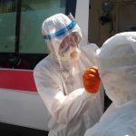 При подворовых обходах в Бишкеке выявлено три зараженных коронавирусом