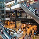 Торговым центрам и супермаркетам разрешили работать до 21 часа