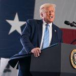 Выборы в США можно отложить из-за COVID-19, предположил Трамп