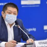Экс-министра здравоохранения Космосбека Чолпонбаева водворили в СИЗО-1